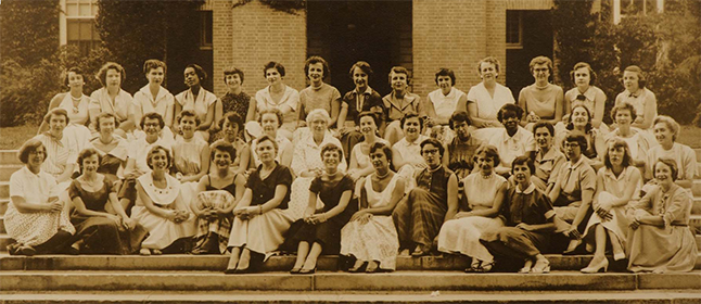 SSW class photo from the 1940s